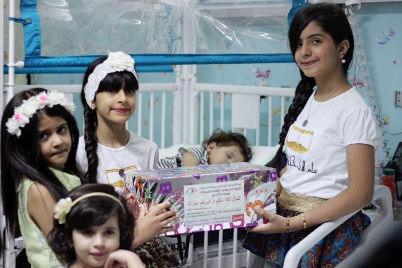 الفريق النسائي بلجنة أصدقاء المرضى بعنيزة زار مستشفى الملك سعود