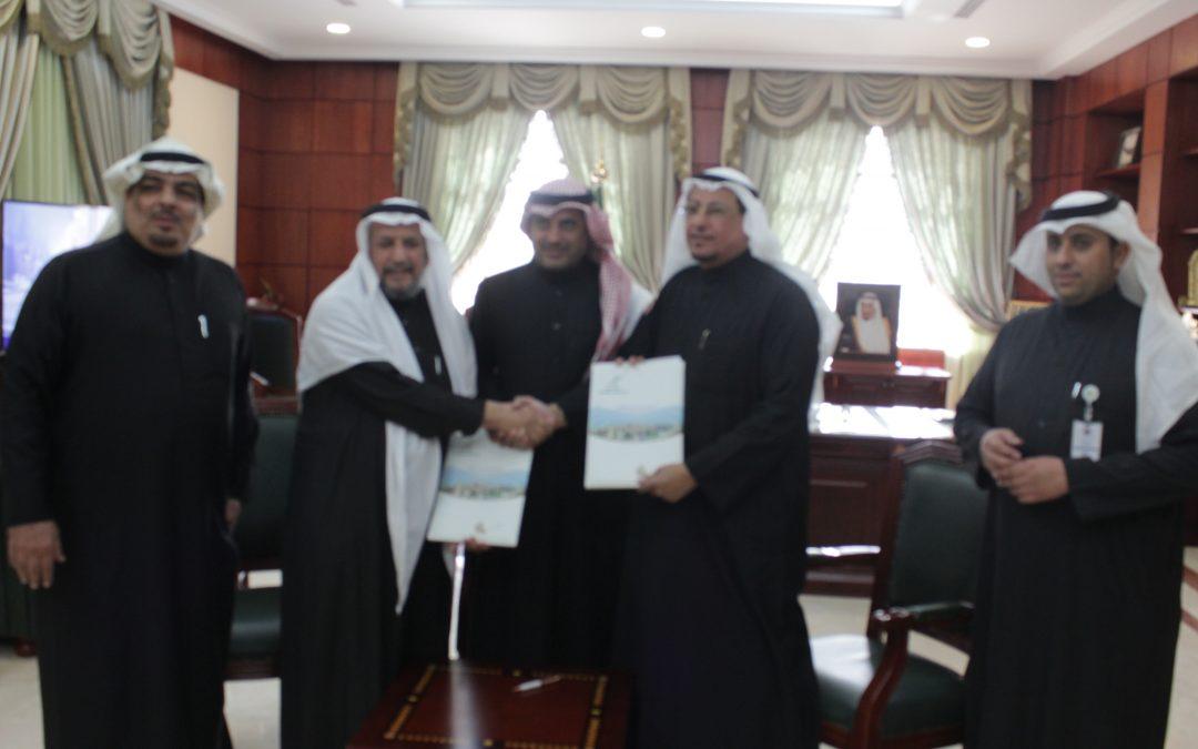 لجنة أصدقاء المرضى بعنيزة توقع اتفاقية تعاون مع جمعية تأهيل