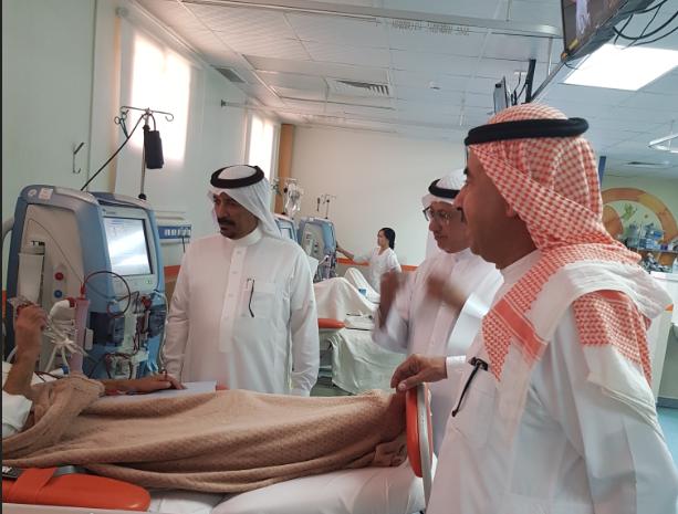 فريق زيارات أصدقاء المرضى بعنيزة تفقدوا مركز ديافرم للغسيل الكلوي